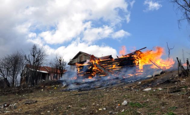 Bir evde çıkan kıvılcım tüm köyü yaktı