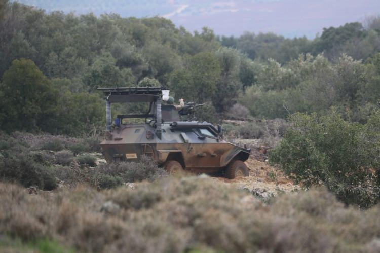 <p>Suriye'de terör örgütü PKK/PYD/YPG işgalindeki Afrin bölgesine kara harekatı başladı.</p>