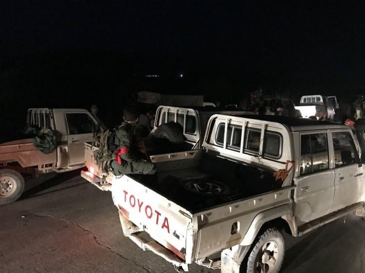 <p>TSK ve ÖSO, Afrin'in 4 köyünü daha teröristlerden temizleyerek, Mabatlı belde merkezi ile Afrin ilçe merkezinin ana kara yolu bağlantısını kesti.</p>