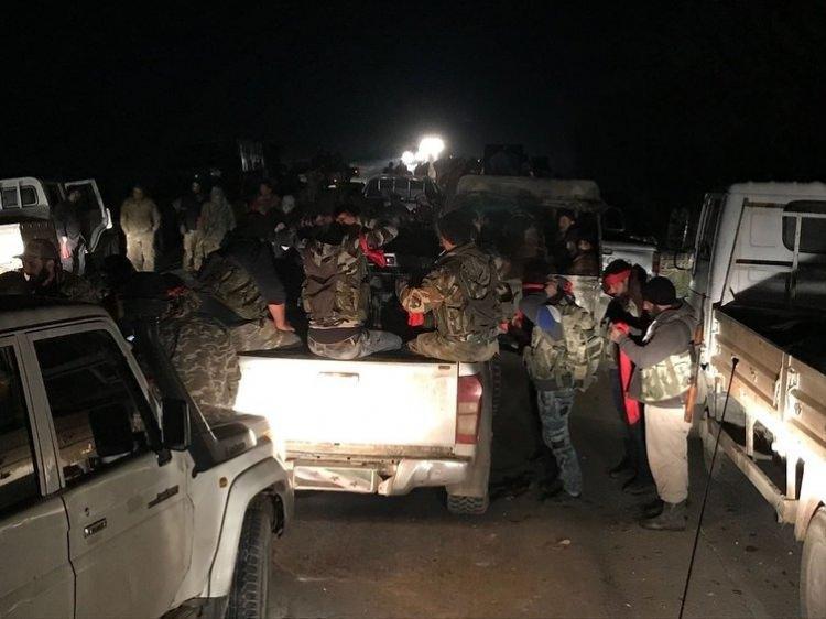 <p>Afrin'de kuşatma tamamlandı. TSK'dan yapılan açıklamada, Doğu-Batı'dan gelen birlikler kuzeyde birleştiği belirtildi.</p>