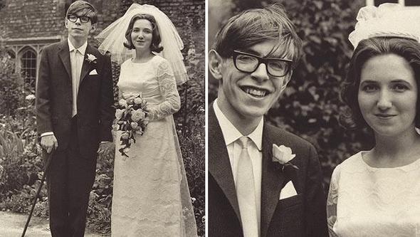 <p>Ünlü İngiliz evrenbilimci ve fizik profesörü Stephen Hawking, 76 yaşında hayatını kaybetti. Hawking, Albert Einstein'dan sonra dünyanın en tanınan fizikçisi olarak kabul ediliyordu...</p>  <p></p>