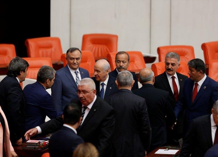 <p>Genel Kurula MHP Genel Başkanı Devlet Bahçeli de katıldı</p>