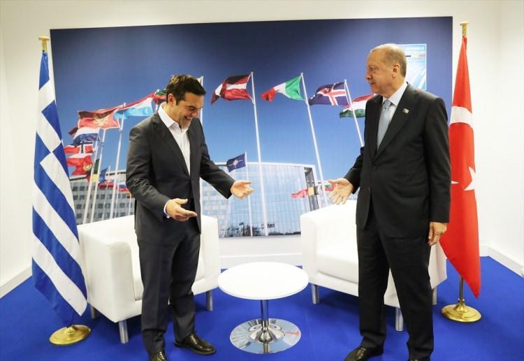 Başkan Erdoğan NATO Zirvesi'nde liderlerle görüştü