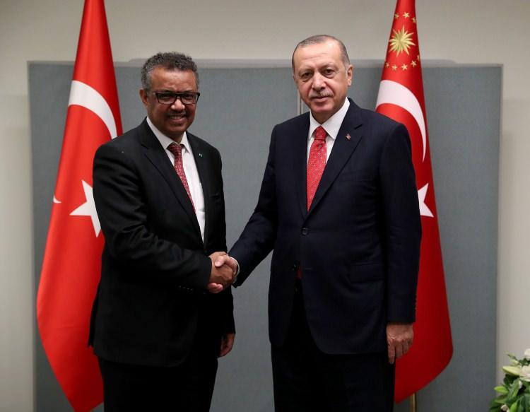 <p>Başarı ödülü New York'ta Cumhurbaşkanı Erdoğan'a takdim edildi.</p>  <p></p>