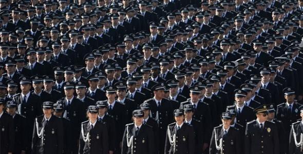 <p>POLİS MEMURU (8/1)</p>  <p>5.339 TL</p>