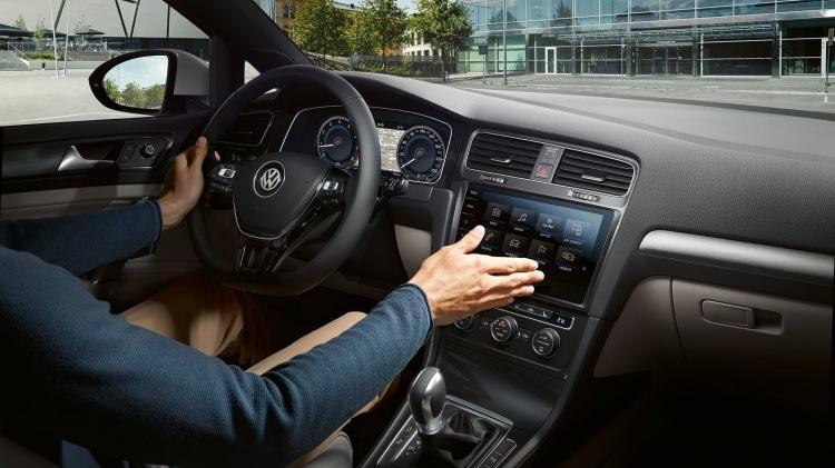Yeni Volkswagen Golf iç mekanı ile etkiledi! İşte 2019 Golf'e ait tüm detaylar