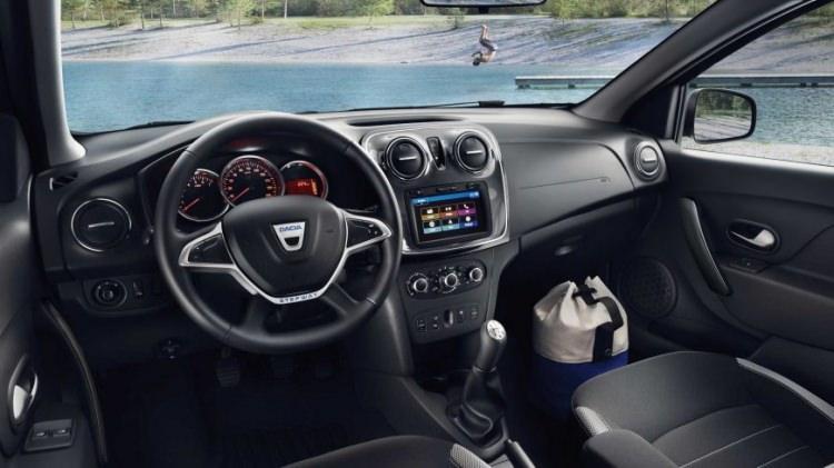2019 Dacia Sandero yeni tasarımı ve fiyatı meraklılarını etkiledi