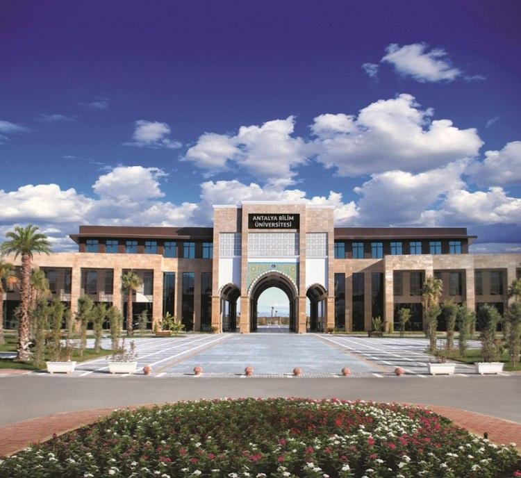 <p>3- Antalya Bilim Üniversitesi</p>  <p>Antalya Bilim Üniversitesi Türkiye genelinde YKS sıralamasına göre burs imkanı sağlıyor. İşte Antalya Bilim Üniversitesi'nin burs imkanı</p>  <p>- İlk 100 öğrenci arasında yer alanlara 2150 TL</p>  <p>- İlk 101-500 öğrenci arasında yer alanlara 1600 TL</p>  <p>- İlk 501-1000 öğrenci arasında yer alanlara 1100 TL</p>  <p>- İlk 1001-3000 öğrenci arasında yer alanlara 800 TL</p>  <p>- İlk 3001-10.000 öğrenci arasında yer alanlara ise 450 TL</p>