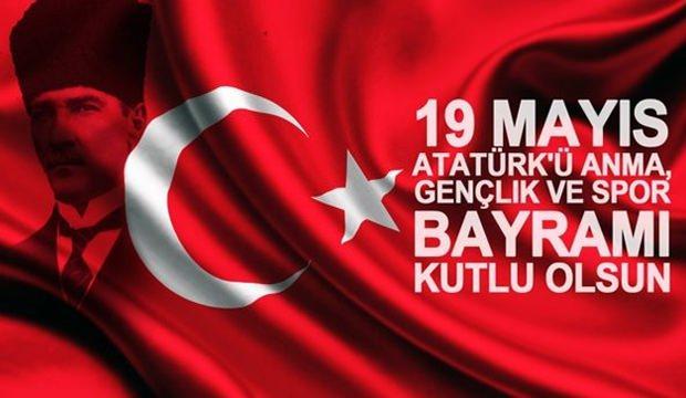 <p>19 Mayıs Atatürk`ü Anma ve Gençlik ve Spor Bayramı Salı gününe denk geliyor. Çalışanlar Pazartesi ve Salı gününü bağlayarak toplamda 4 gün tatil yapabilecek.</p>  <p></p>