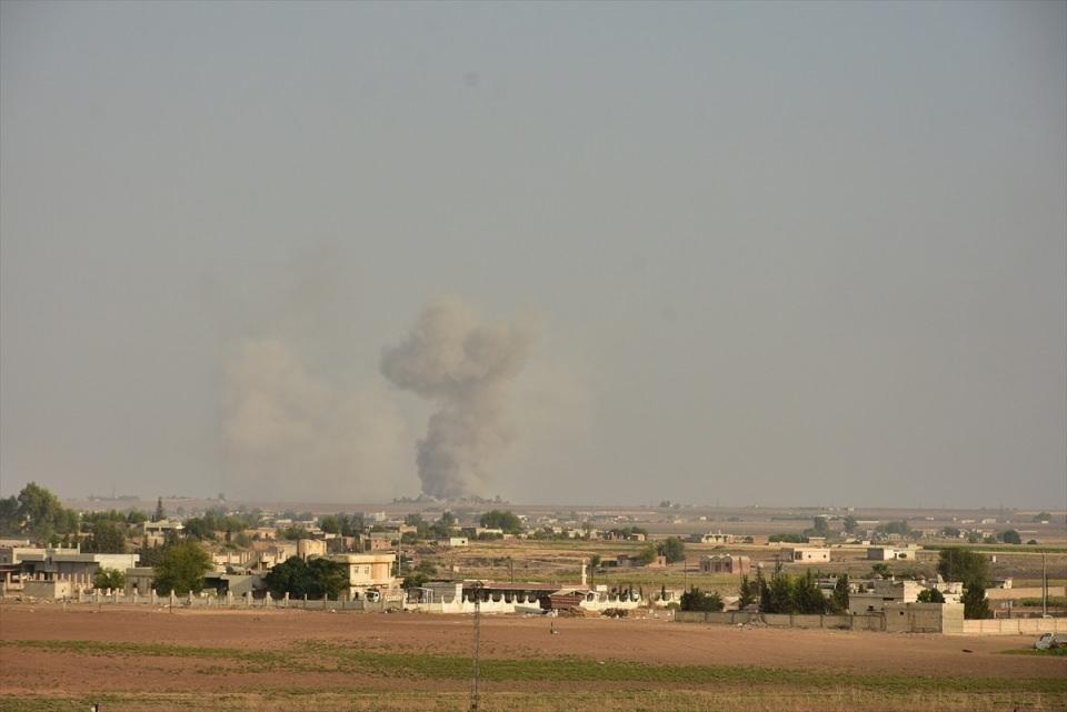 <p>Türk Silahlı Kuvvetleri, Suriye Milli Ordusu'yla birlikte Suriye'nin kuzeyinde PKK/YPG ve DEAŞ terör örgütlerine karşı Barış Pınarı Harekatı'nı başlattı. Şanlıurfa'nın Ceylanpınar ilçesi karşısındaki Rasulayn'da hareketlilik gözlendi.</p>  <p></p>