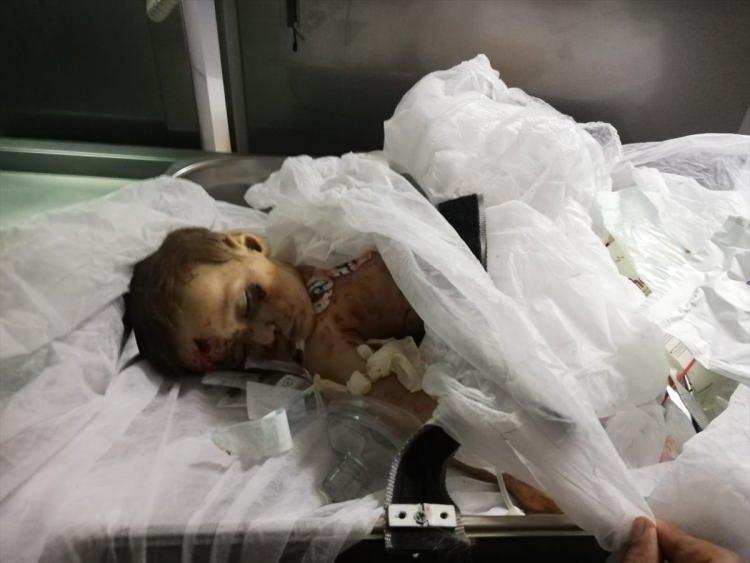 <p>Şanlıurfa Valiliği, Suriye'de terör örgütü YPG/PKK'nın işgal ettiği bölgelerde düzenlediği sivilleri hedef alan saldırılar sonucu biri bebek 2 kişinin hayatını kaybettiğini, 46 kişinin yaralandığını bildirdi.</p>  <p></p>