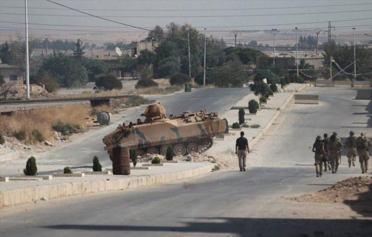 <p>Türk Silahlı Kuvvetlerinin başlattığı Barış Pınarı Harekatı'nda kapsamında, Tel Abyad ve Rasulayn ilçelerinde 42 köy YPG/PKK işgalinden kurtarıldı. Harekat'ın başından bu yana 1 ilçe merkezi, 1 belde ve 56 köy teröristlerden arındırıldı</p>  <p>İşte İşte Türkiye'nin terör örgütü YPG/PKK'dan Rasulayn ve Tel Abyad'da aldığı köyler:</p>