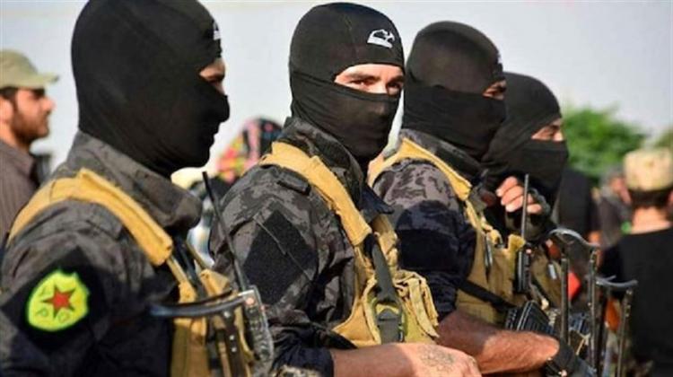 <p>YPG: Terör örgütü PKK'nın Suriye'deki silahlı kolu.</p>  <p></p>