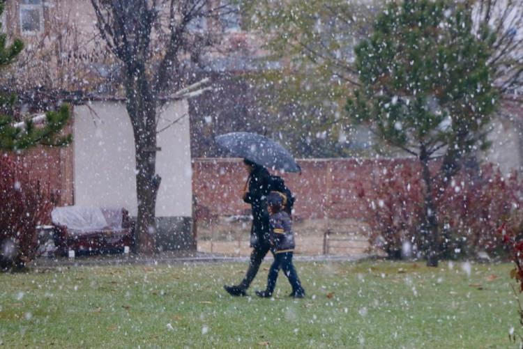 <p>ESKİŞEHİR</p>  <p>Eskişehir kent merkezinde ve yüksek kesimlerinde kar yağışı etkili oldu.</p>