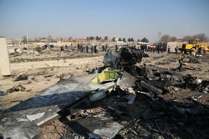 <p>Öte yandan İran Sivil Havacılık Kurumu yetkililerinden Hasan Rızayi Ferd ise uçağın iki kara kutusunun da bulunduğunu açıkladı.</p>