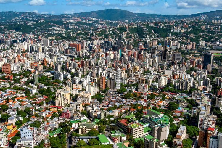 <p>Dünyanın en ucuz şehirlerinde ise liste şu şekilde</p>  <p>Caracas</p>