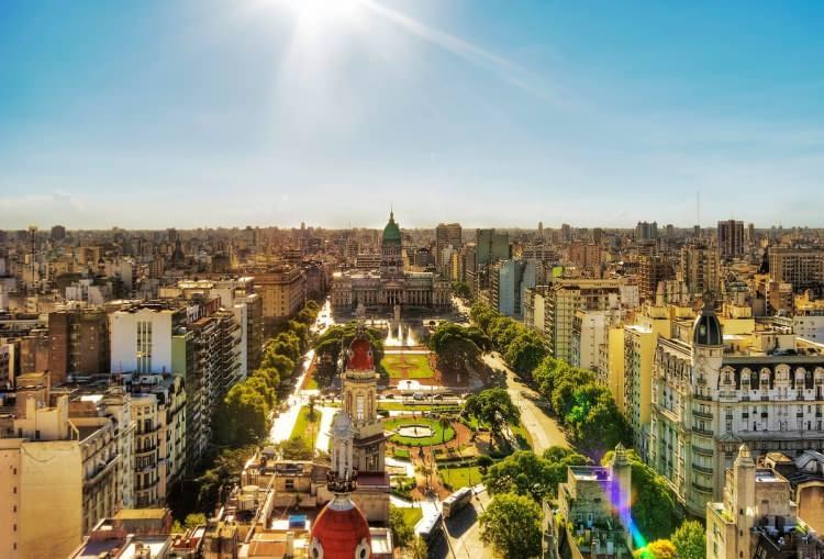 <p>Buenos Aires</p>