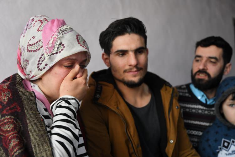 <p>Dürdane Aydın'ın eşi Zülküf Aydın ise Mahmud'un kimsenin yapamayacağı bir fedakarlıkla kendisini kaybetmişçesine çaba gösterdiğini ifade etti.</p>