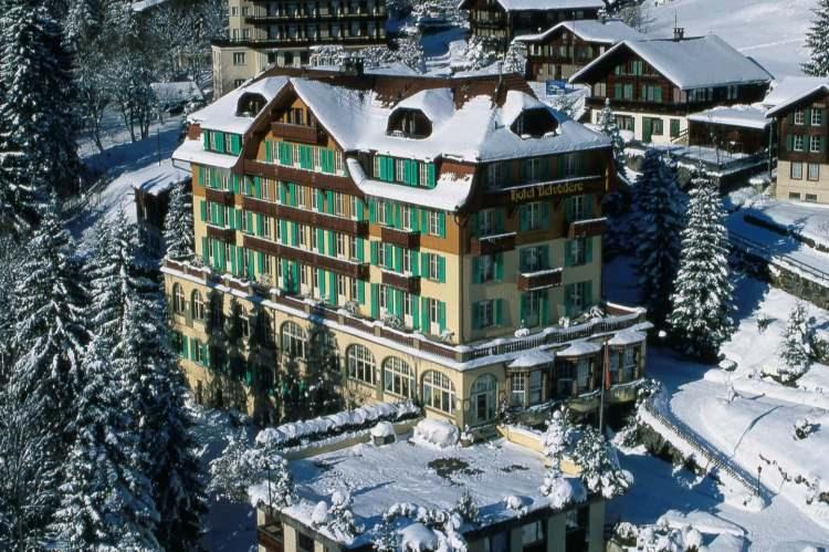 <p>İsviçre Alpleri'nin olağanüstü ve uzun inişlerini keşfedin!</p>