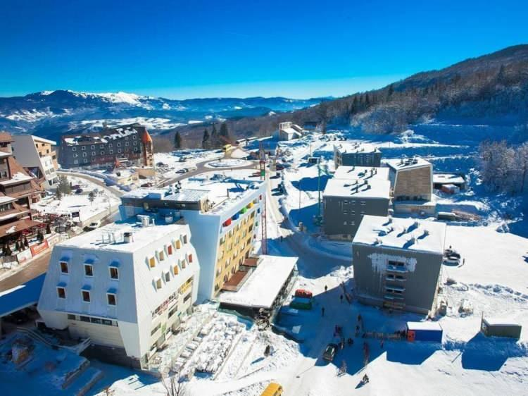<p>Kışın gidilecek yerler: Muhafazakar kayak adresleri...<strong></strong></p>