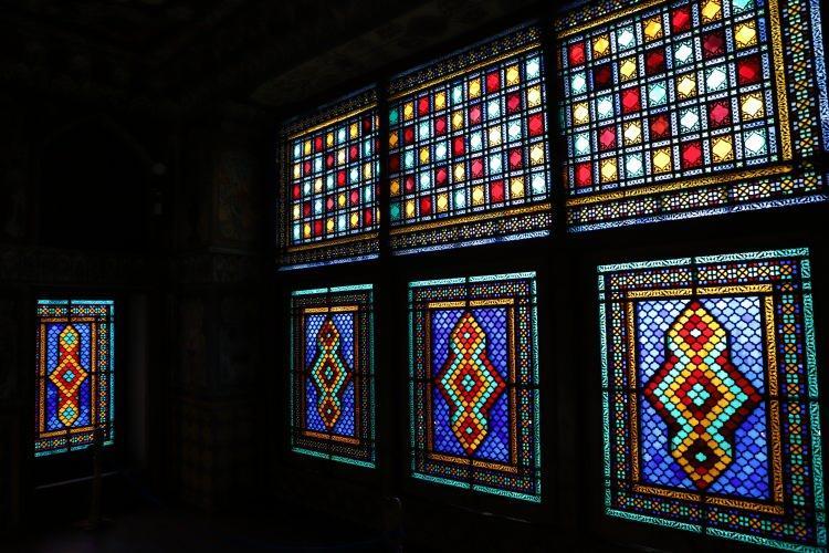 """<p>Yalçın Halilov da<em>""""Şeki Han Sarayı bizim için önemli bir anıt. Tarihimizi öğrenmek ve bir daha hatırlamak, daha derinden öğrenmek için burayı ailemle ziyaret ettim.""""</em>ifadesini kullandı.</p>"""