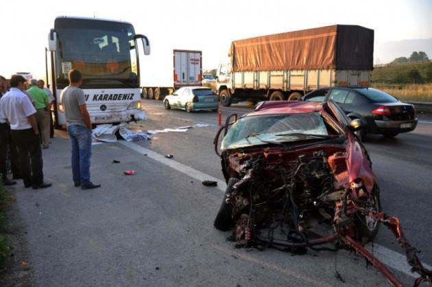 Karaman, Düzce ve Konya'da feci kaza