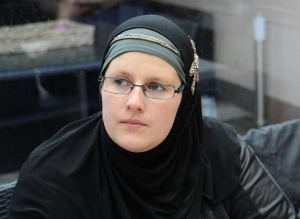 Belçikalı genç bin kişiyi müslüman yaptı