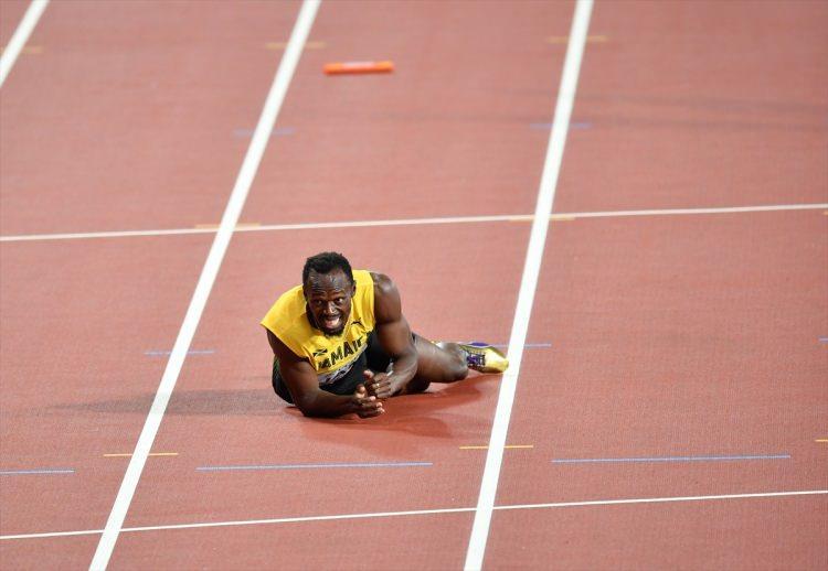 Bir efsanenin bittiği an! Bolt 400 metrede yarışı tamamlayamadı