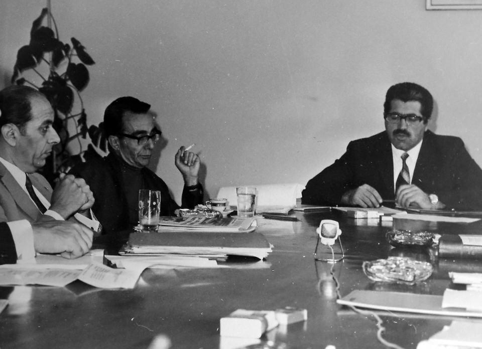 <p><strong>KORKUT ÖZAL KİMDİR?</strong></p>  <p>29 Mayıs 1929 yılında dünyaya gelen Korkut Özal aslen Malatyalıdır. Türk mühendis ve politikacı olan Korkut Özal, Turgut Özal'ın öz kardeşidir.</p>