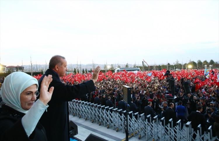 Erdoğan, Külliye'de vatandaşlara hitap etti!