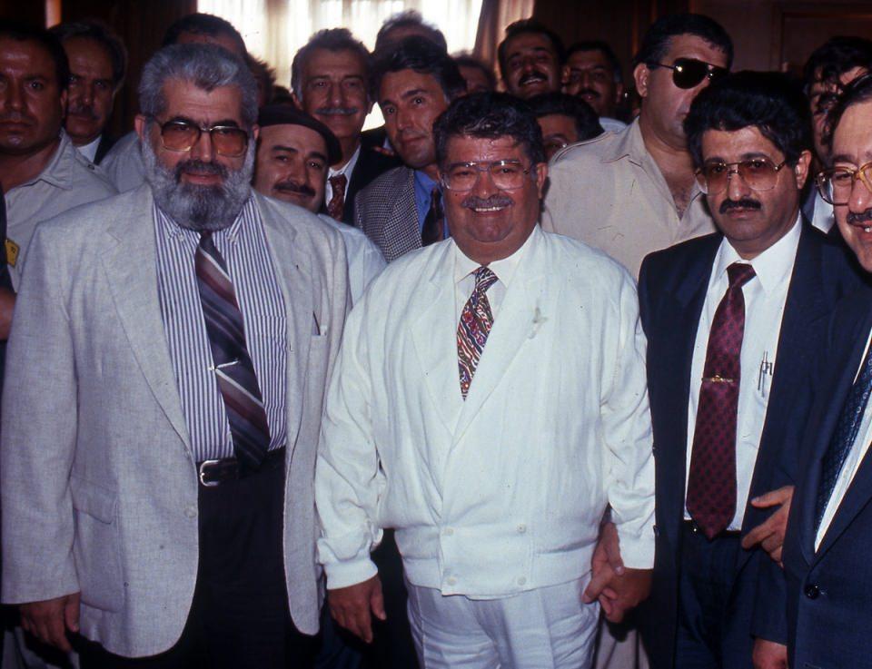 <p>1974 senesinde CHP-MSP koalisyon Hükümetinde ve 1975'te kurulan I. Milliyetçi Cephe Hükümeti'nde Gıda Tarım ve Hayvancılık Bakanı, 1977'deki II. Milliyetçi Cephe Hükümeti'ndeyse İçişleri Bakanı olarak görev almıştır.</p>  <p></p>