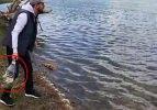 Kendi yöntemini geliştirdi, balıkları bir bir böyle avlıyor!