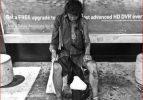 Fotoğrafını çektiği evsiz babası çıktı