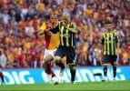 Son yıllardaki unutulmaz Galatasaray-Fenerbahçe derbileri!