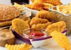 Dünyanın en sağlıksız yiyecekleri listelendi: Listedekileri her gün tüketiyoruz