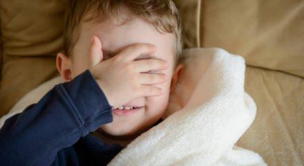 Karanlıktan korkan çocuklara nasıl davranılmalı?