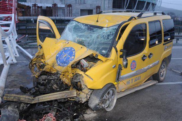 <p>Durumu ağır olan sürücü Demirkıran, müdahaleye rağmen hayatını kaybetti.</p>