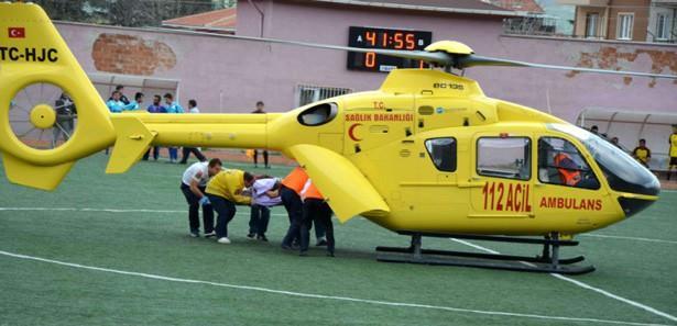 Maça ara verildi, ambulans helikopter indi!