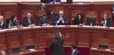 Arnavutluk Başbakanı Rama'ya saldırı
