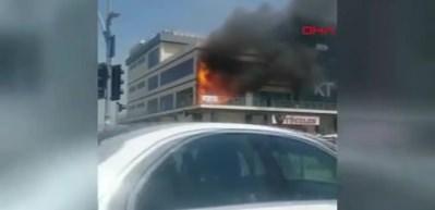5 katlı plazada yangın