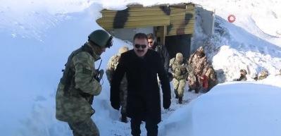 5 metre karda vatan savunması