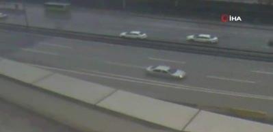5 otomobil ve 1 TIR'ın karıştığı zincirleme trafik kazası kamerada