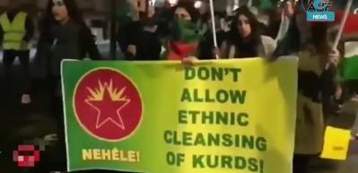 PKK'lılar Londra'nın en işlek köprüsüne YPG paçavraları astı