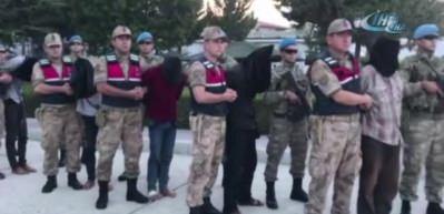 9 YPG'li terörist tutuklandı