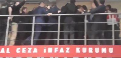 CHP'li grup taşkınlık çıkardı!