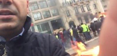 Haber7 Fransa'da! 'Sarı Yelekliler' durmuyor