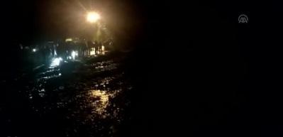Araklı-Bayburt kara yolu ulaşıma yeniden açıldı