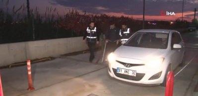 Adana'da eski FETÖ'cü polislere operasyon: 29 gözaltı