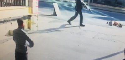 Adliye çıkışındaki silahlı saldırı kamerada!