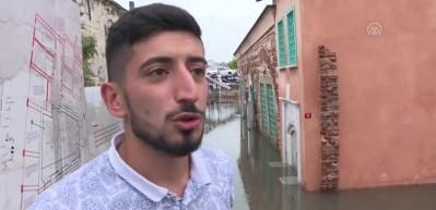 Ahi Çelebi Camisi'ni su bastı